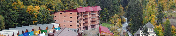 Корпус №3 (5-ти этажный кирпичный), гостиница Таулу Домбай
